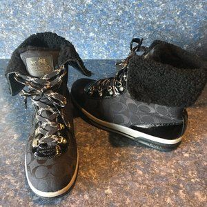 Coach Black Patent & Signature Hiking Boot Sz 9
